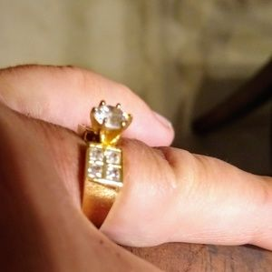 Jewelry - Solid 14K Yellow Gold and CZ Ring, Size 7 1/4